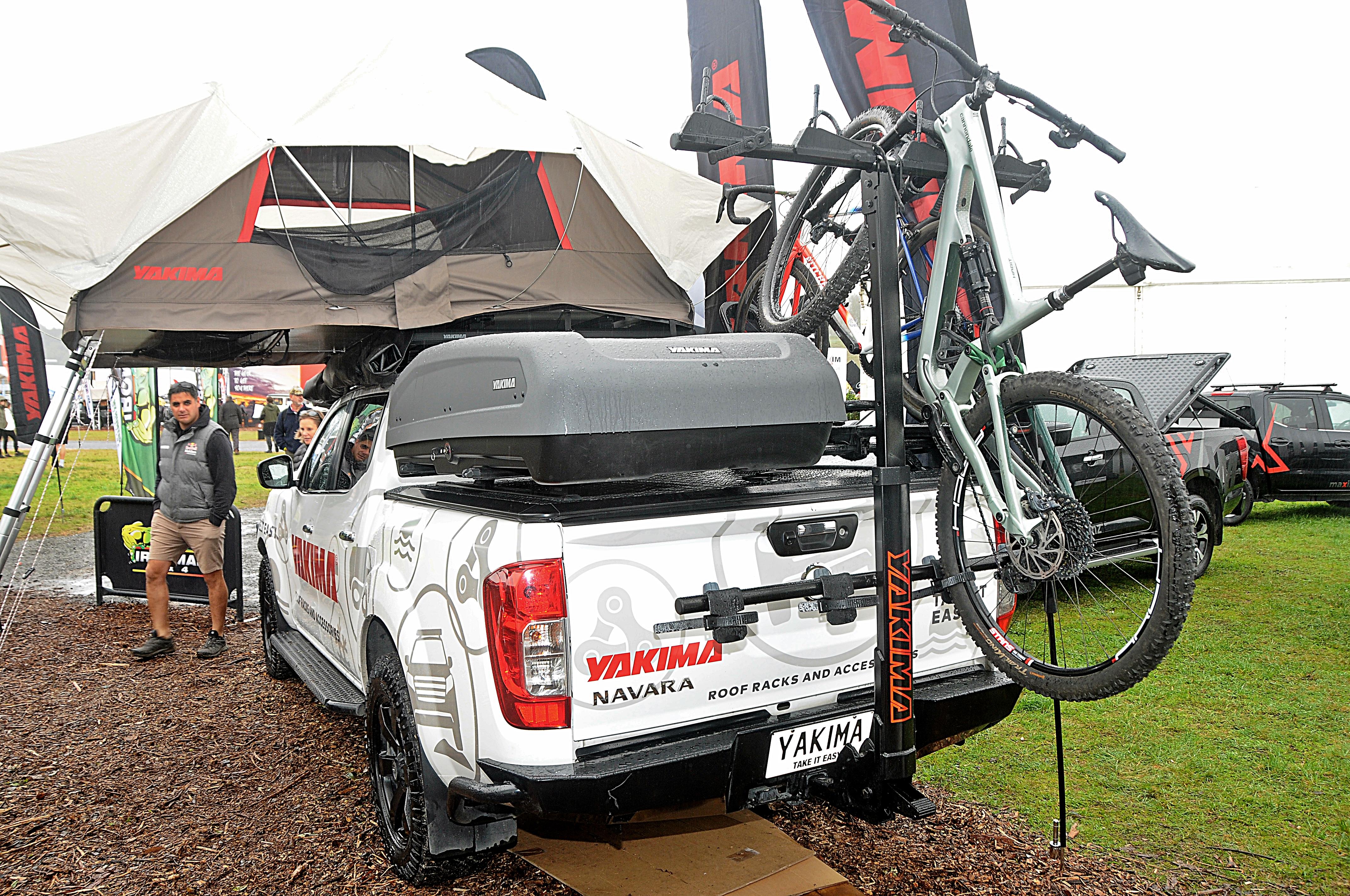 HangOver hitch style bike carrier on Nissan Navara